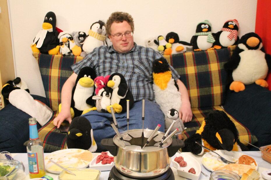 Pinguin-WG feiert Silvester